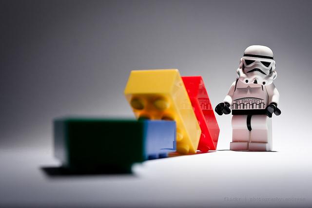 lego e um stormtrooper