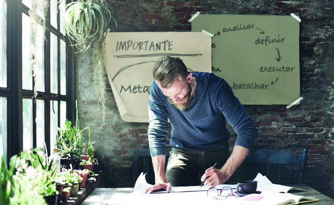 Em Busca Do Sucesso: Como Definir Novas Metas Para Sua Vida Profissional